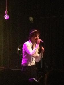 Mika singing
